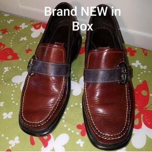 COLE HAAN Country Loafer Leather with Buckl